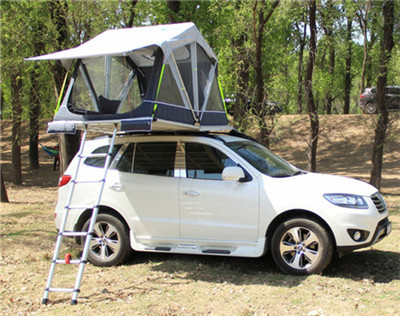 What kind of car can be fitted with roof top tents?